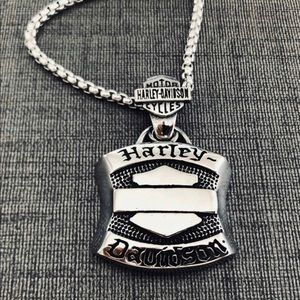 Limited! Just In! HD .925 Silver Mens Necklace